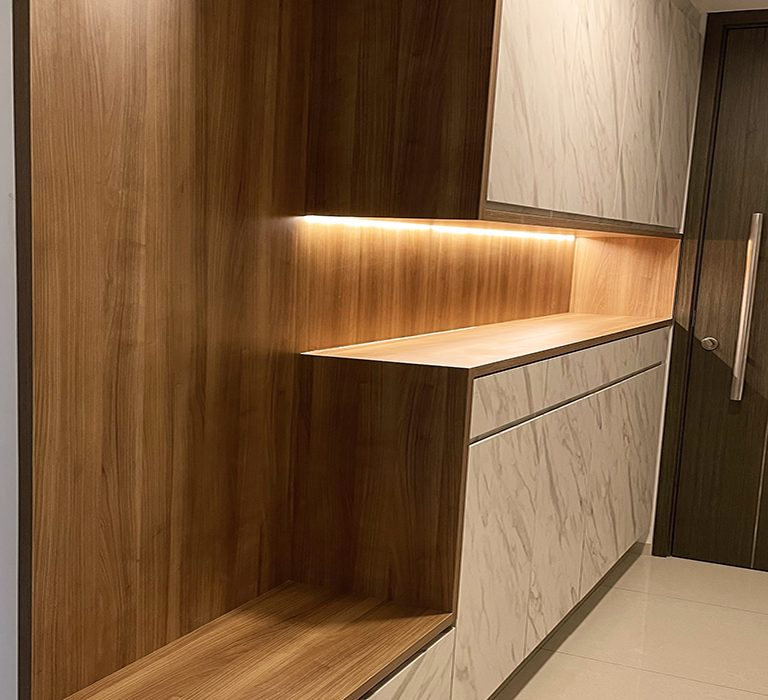 2.shoe cabinet